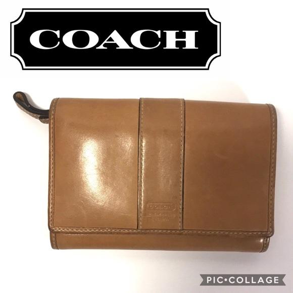 Coach Handbags - Coach Leatherware Wallet